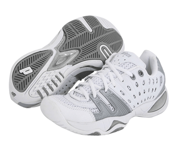 The prince T22 women's tennis shoes