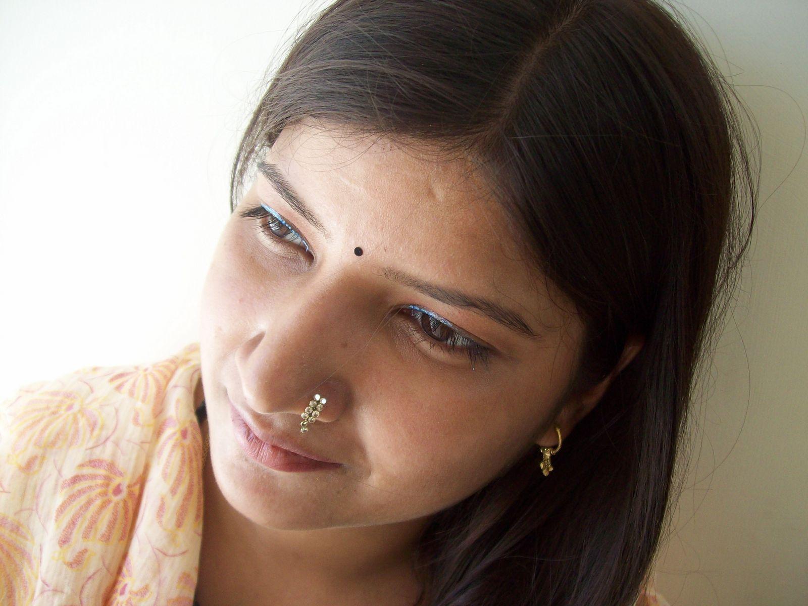 Hi Profile Escorts in Noida