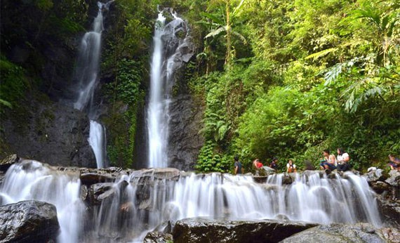 Curug Tujuh Cilember - Tempat Wisata di Bogor