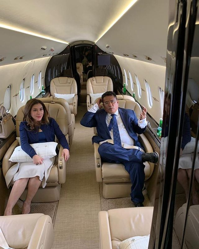 Jet pribadi Potret Kemewahan Artis Indonesia Diatas Jet Pribadinya