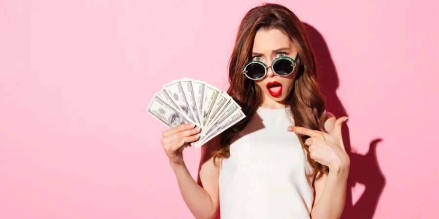 6 Signs You Have an Unhealthy Relationship With Money | Fairygodboss