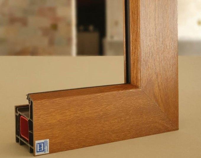 Esquadrias Shine Windows em PVC padrão madeira