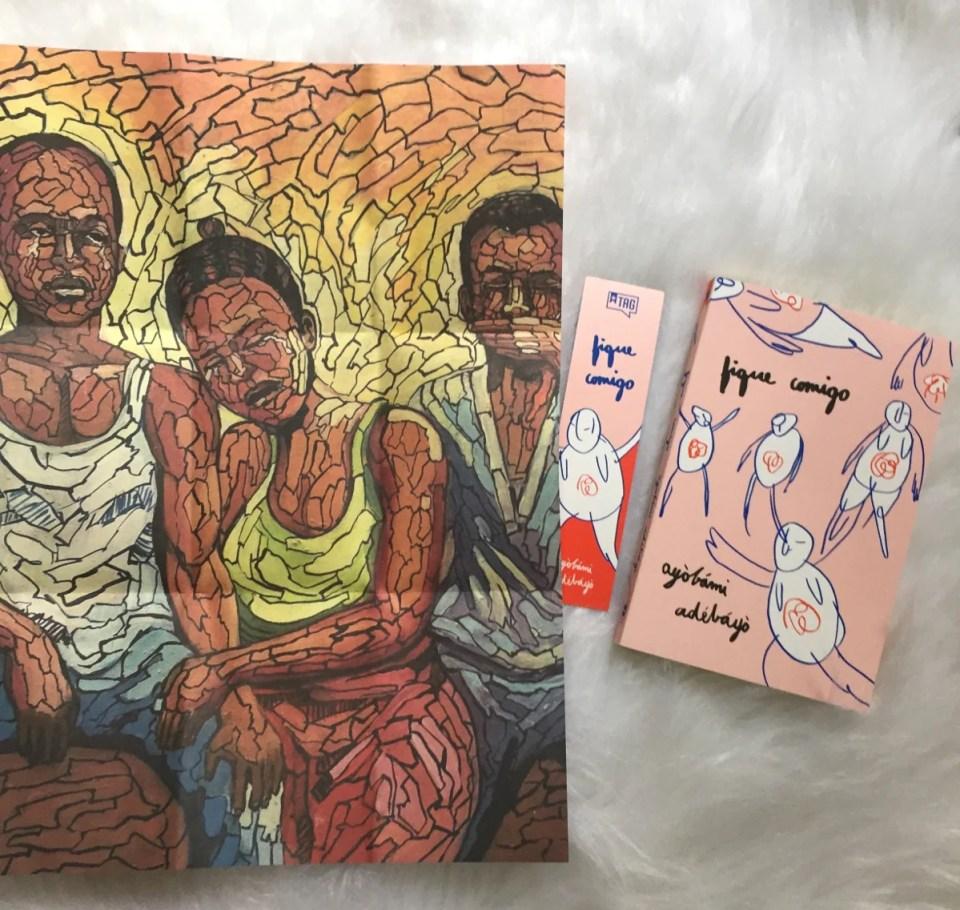 Kit de julho da Tag Inéditos com a obra Fique Comigo, de Ayòbámi Adébáyò
