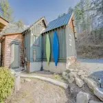 Kayaks come with cabin rental