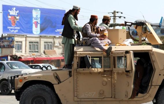 Taliban militants near Kabul airport / Photo: Associated Press, Rahmat Gul