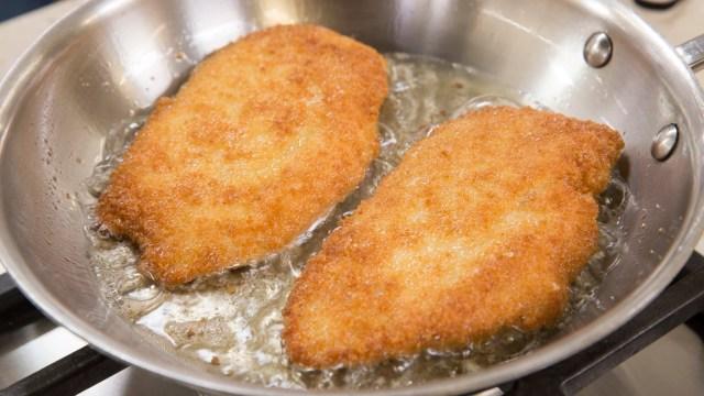 Crispy Pan-Fried Chicken Cutlets