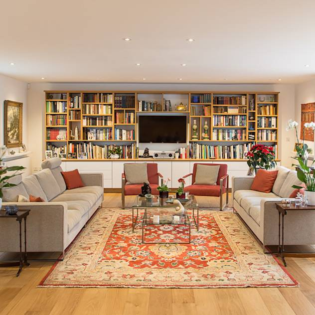 Hawtrey Road, NW3 : Eclectic style living room by Xul Architecture