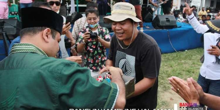 -Hasim-TPS Memberikan Kejutan kepada Tim Pemenangan, Bongsu Pakpahan yang Berulang Tahun