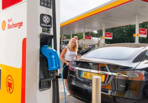 Shell launches its first European EV Mobility Hub in Paris