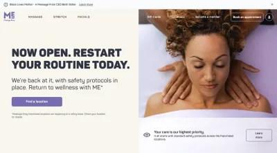 Site Web de Massage Envy avec photo d'une femme se faisant masser