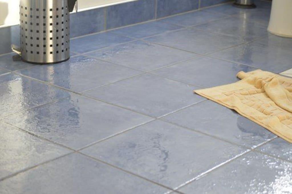 reduce risks from slippery floors