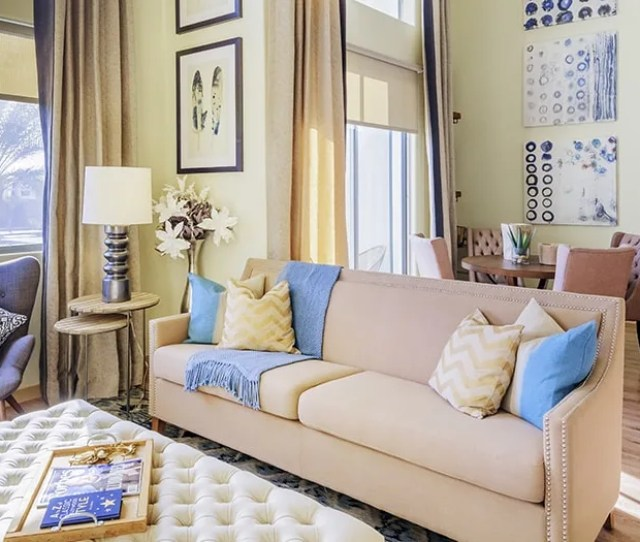 Living Room At Residences At Fountainhead Luxury Apartment Homes In Phoenix Az