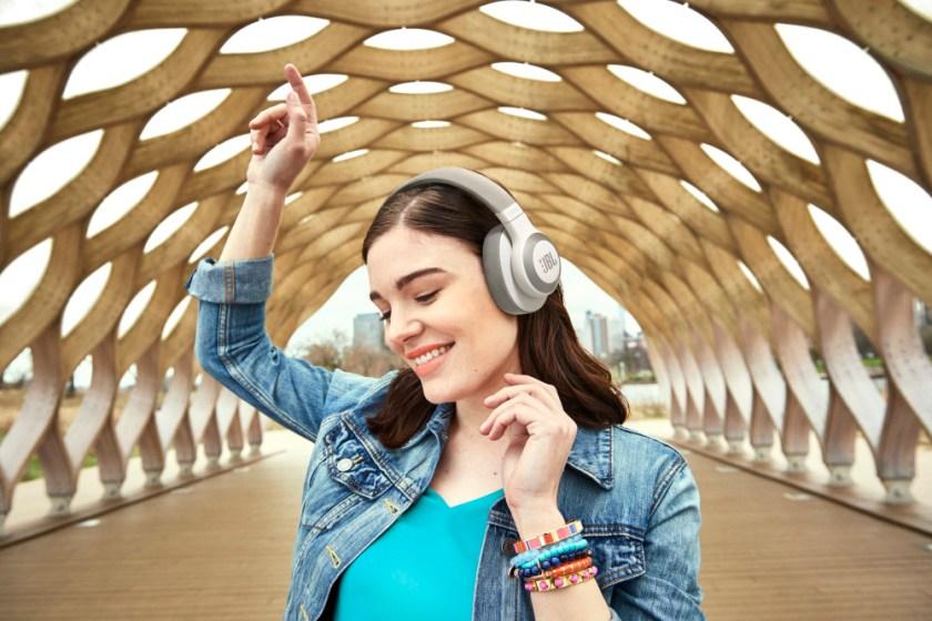 Nyd fantastisk lyd i påsken med højttalere og hovedtelefoner fra JBL! 5