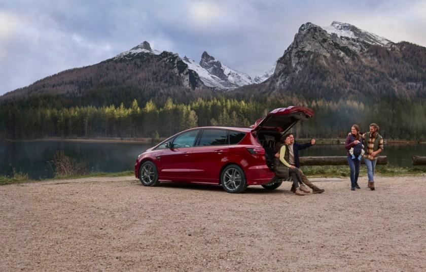 Ford sætter strøm til familiefavoritterne S-MAX og Galaxy Hybrid 1