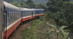 COUVERTURE train Lao cai