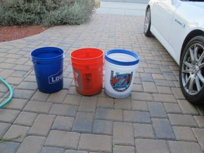 3 buckets