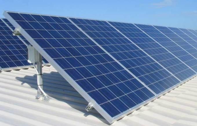 Ledax cresce com energia solar