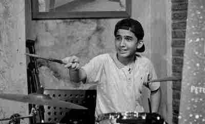Raihan-Khan-Pemeran-Edward-DUNIA-TERBALIK-RCTI_ojzt2b