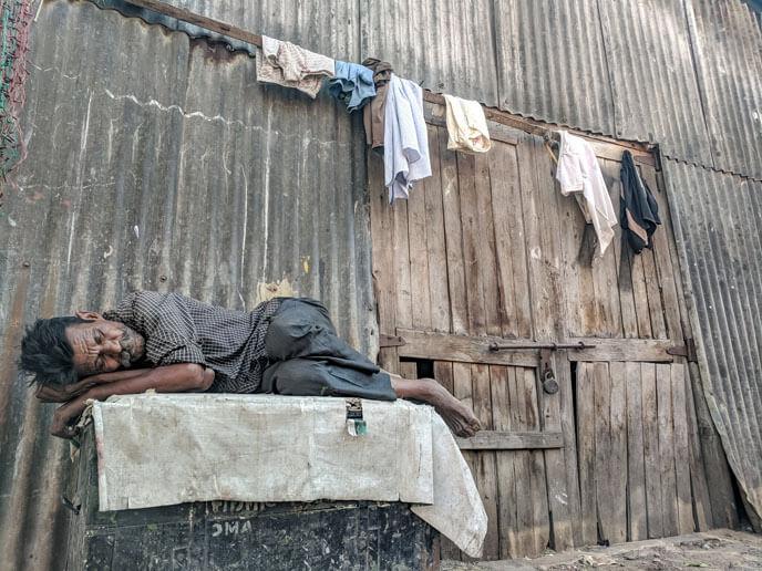 Pillow Advisor - Ajay BHARGAV