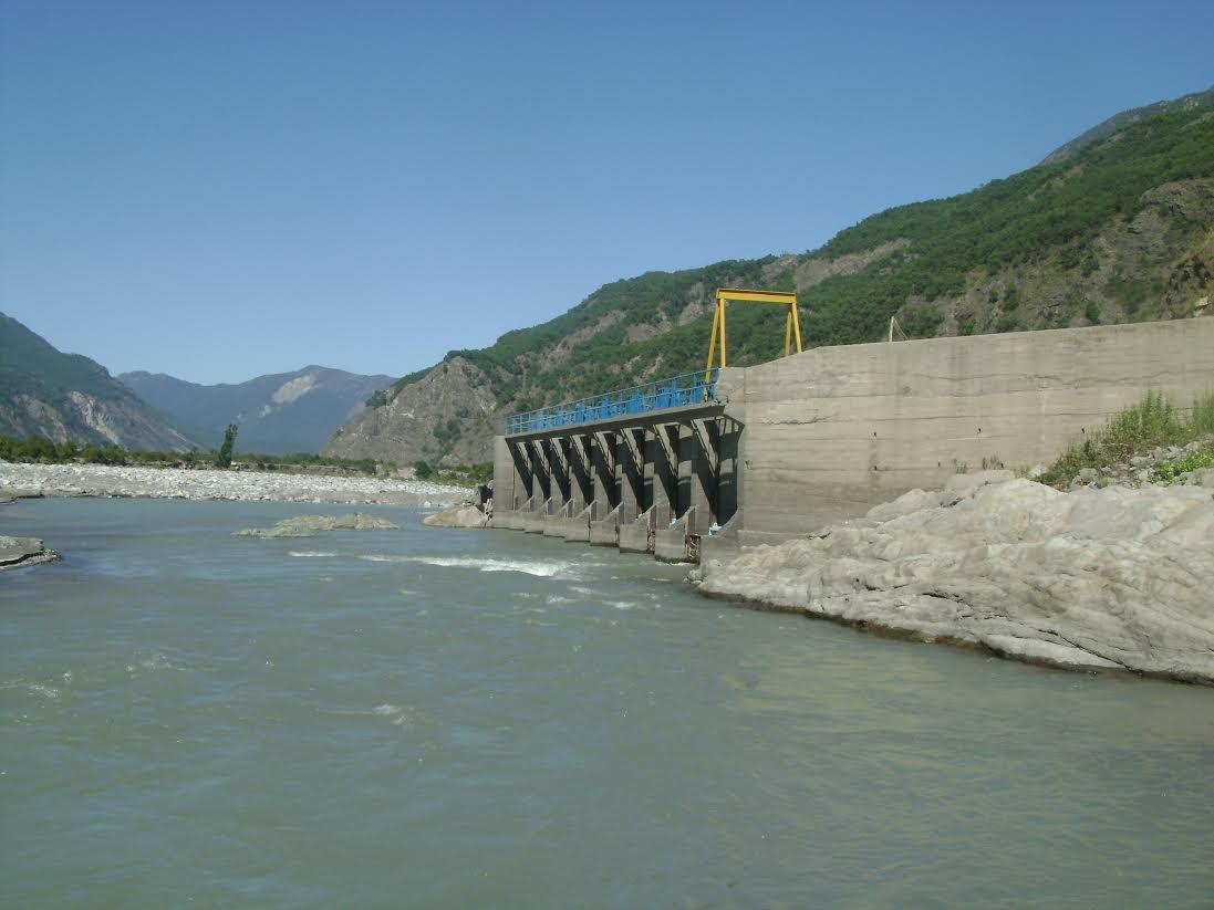 Cámara de Comercio de Santiago rechazó millonaria demanda de Hidroeléctrica Providencia contra Asociación Canal Maule