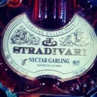 Garling Collection Stradivari Alb Special Licoros, Fabricat în Moldova, 2011, alc. 16% vol