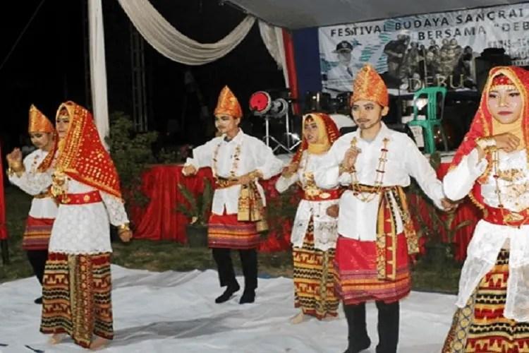 Tari Bedana Lampung