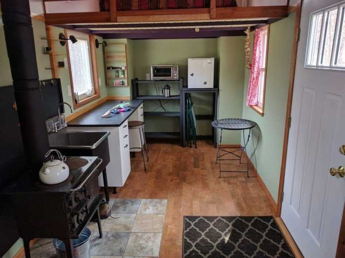 Working Class Tiny House Tiny House For Sale In Lansing