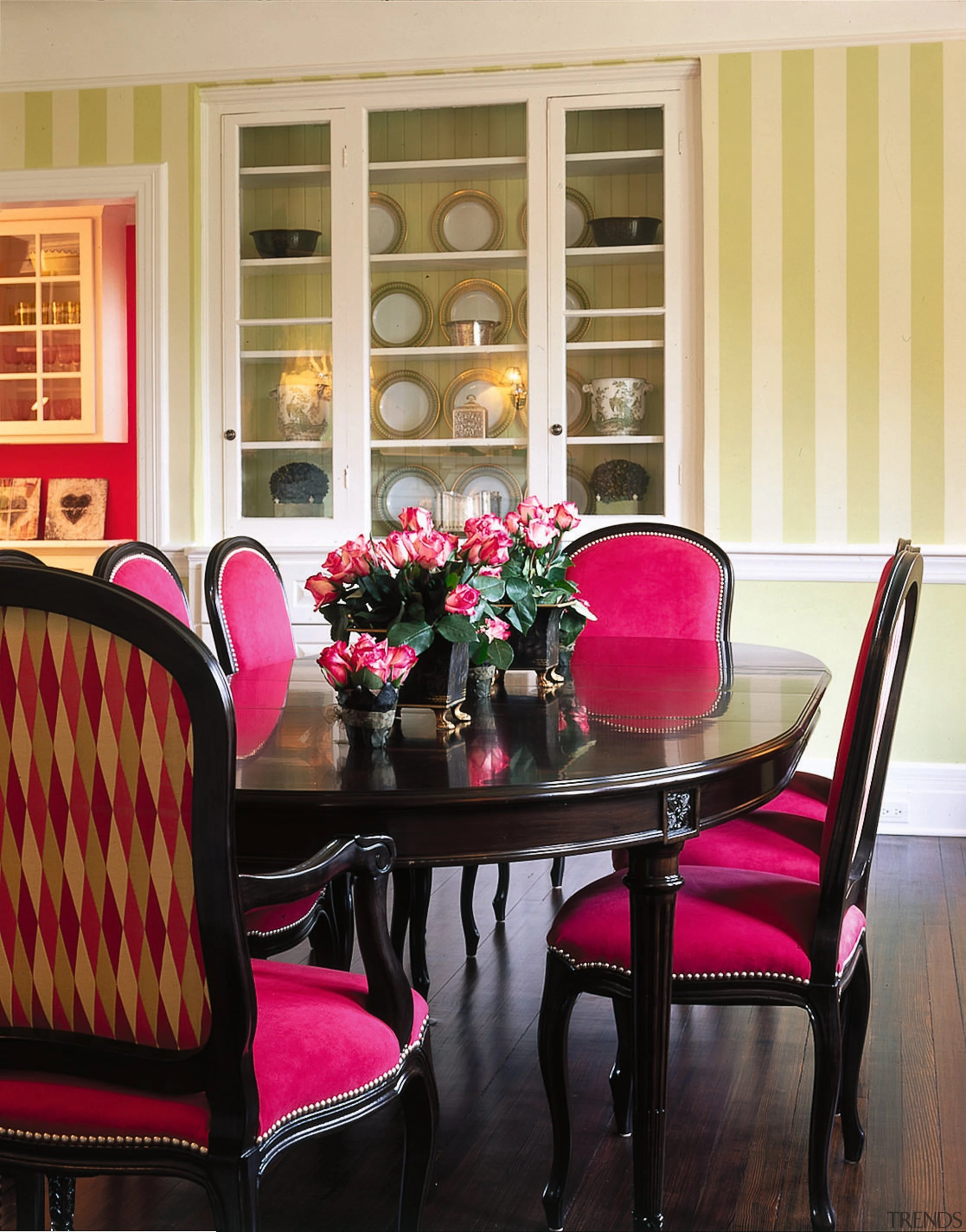 Bold Color Scheme Dining Room Furn Gallery 1 Trends