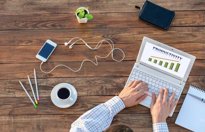 Efektif atau Produktifkah Kerja 8 Jam Sehari?