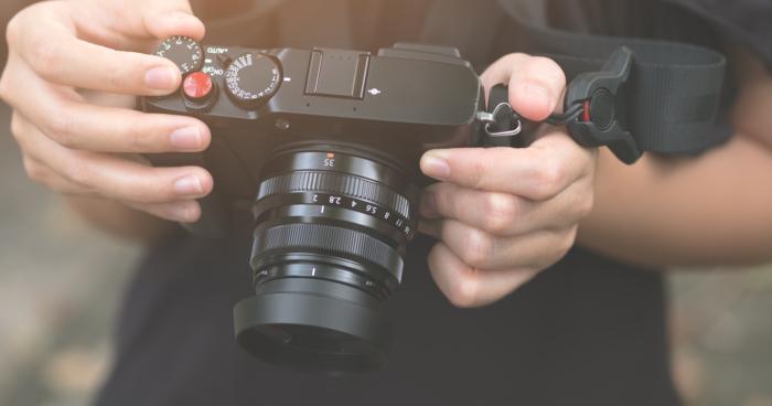 Rekomendasi Kamera Mirrorless Terbaik dibawah 10 Jutaan!