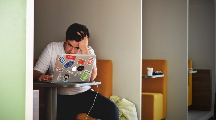 Buat Kamu yang Merasa Sulit Lulus Kuliah di Jurusan IT