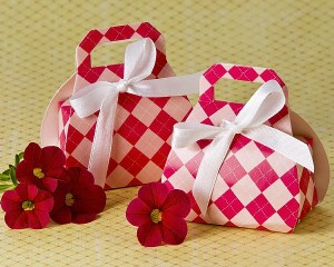 Perfectly Plaid Pink Purse Favor Box 24 Pack Favor Boxes