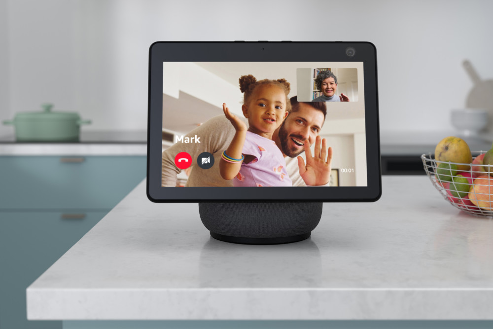 The display of the Amazon Echo Show 10 can rotate automatically if desired.