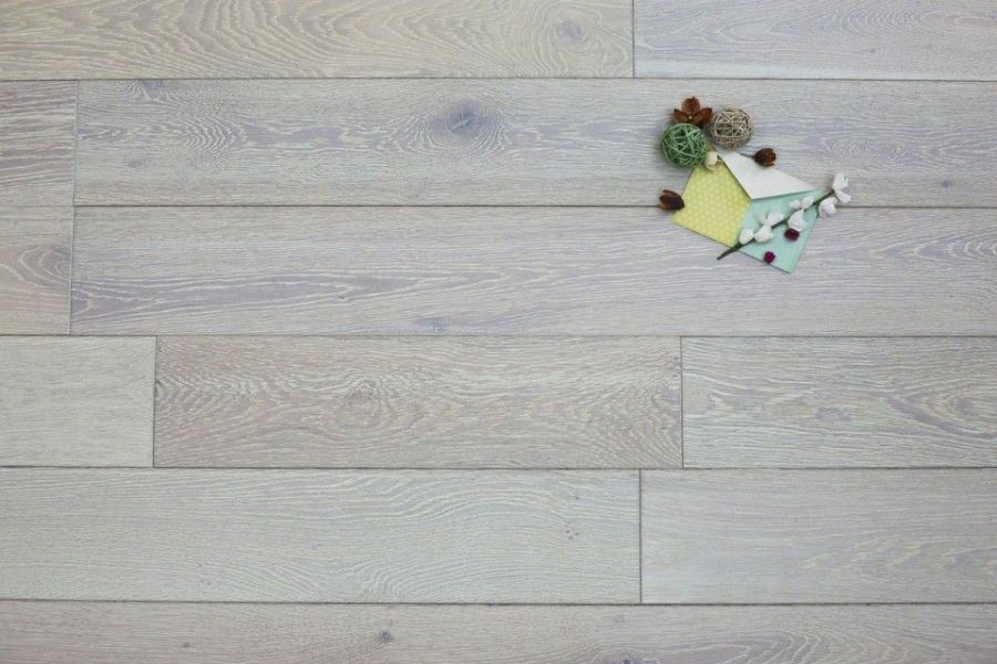 White Wash Engineered Flooring  Both Stylish And Inexpensive   Wood     natural engineered oak click brushed white oiled 14