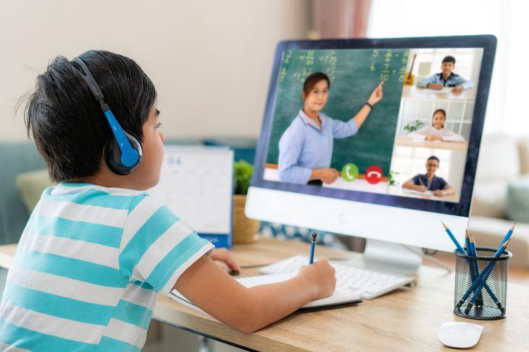 Plus Minus Belajar Daring Bagi Anak Sekolah