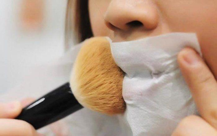 Tips dan Trik Memakai Lipstik Supaya Awet
