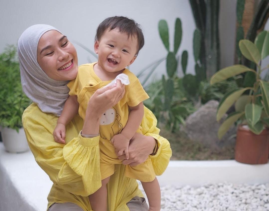 Tips Mengasuh Anak Ala Selebriti