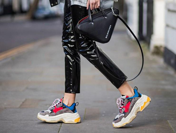 7db7d46aa6 «Dad Shoes»  Η νέα τάση που έχει διχάσει τις fashionistas! Όλα όσα πρέπει  να ξέρεις.