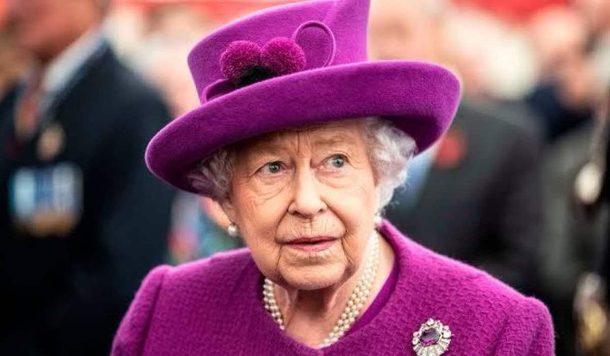 Queen Elizabeth Will Make An Extremely Rare Address To The Nation On Sunday As Britain Grapples With The Increasingly Deadly Coronavirus Outbreak. The Government Has Put Britain Into A Virtual Loc