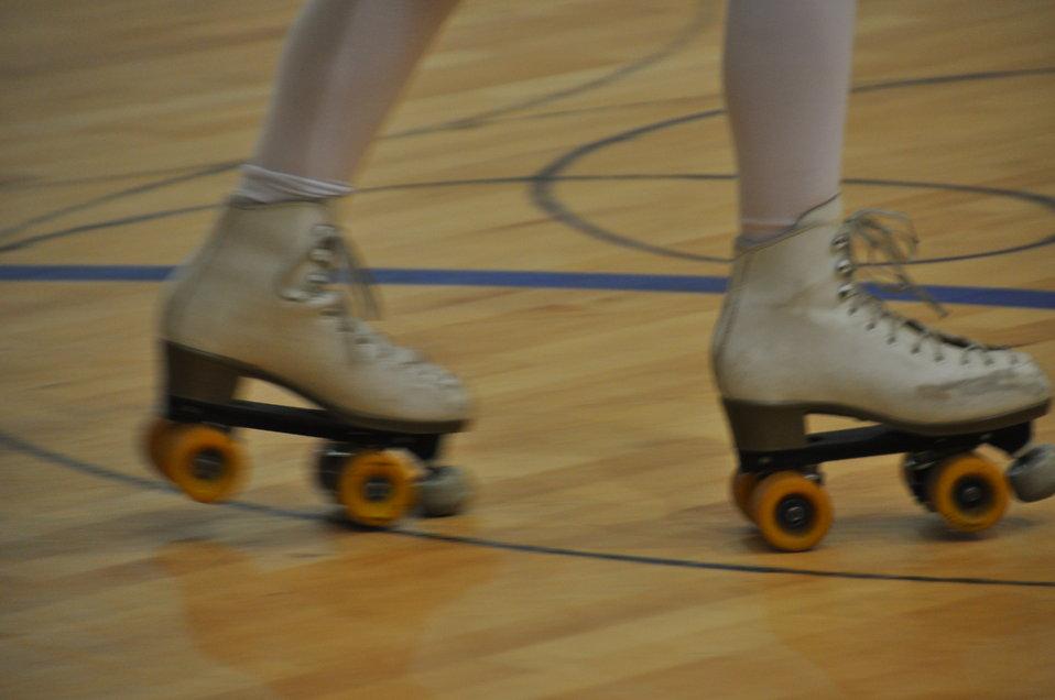 Art Clip Skating People