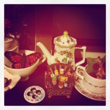 More teapots/teacups