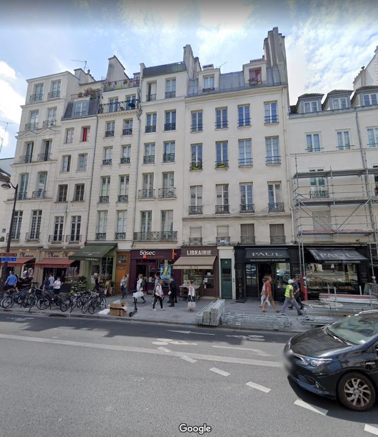le 87 rue Saint Antoine.