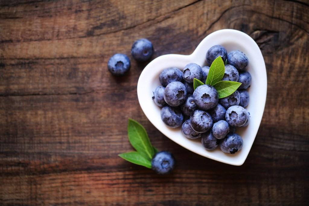 blueberries bone health