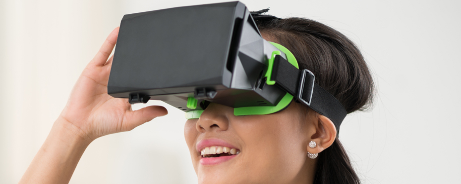 Cross-object user interfaces for personalised virtual reality museum tours