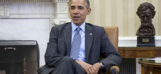 L'administration Obama diffuse une troublante photo d'Obama dépeint comme un roi