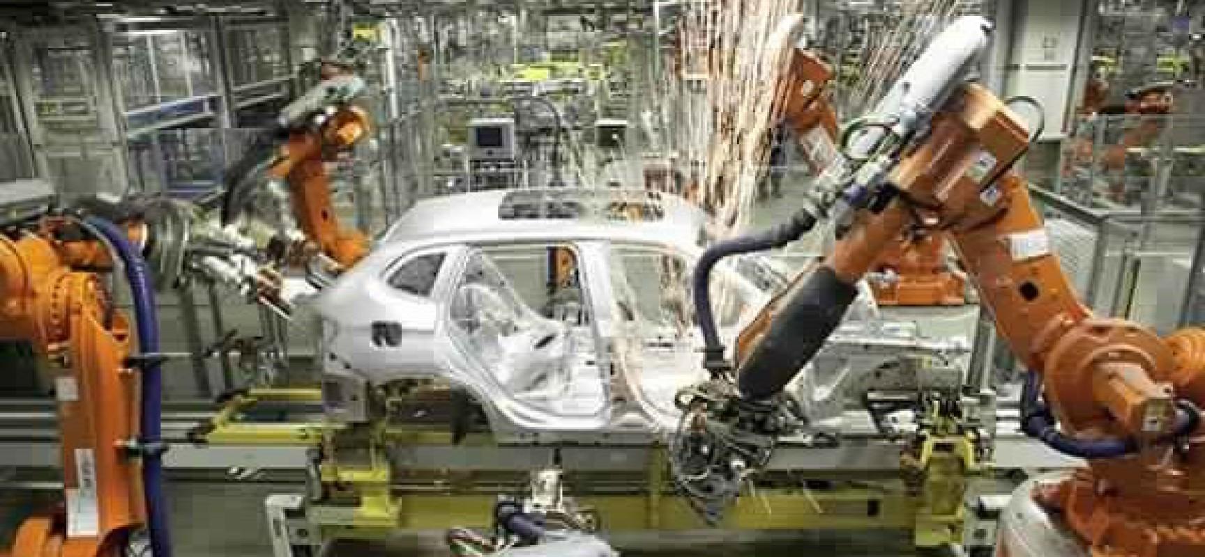 Première usine entièrement automatisée en Chine: Elle remplace 90% de ses employés par des robots