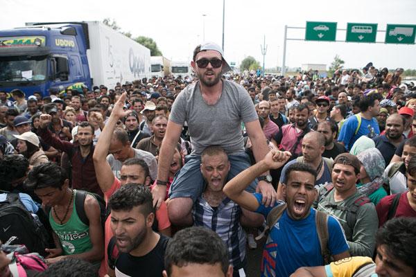 migrants Hongrie2 20150919