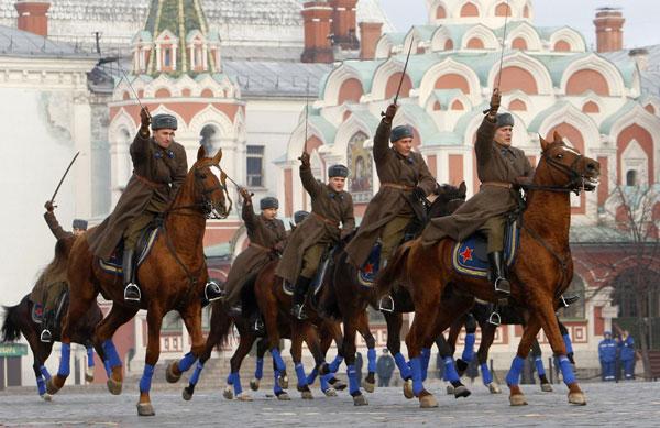 Parade militaire sur la Place Rouge de Moscou