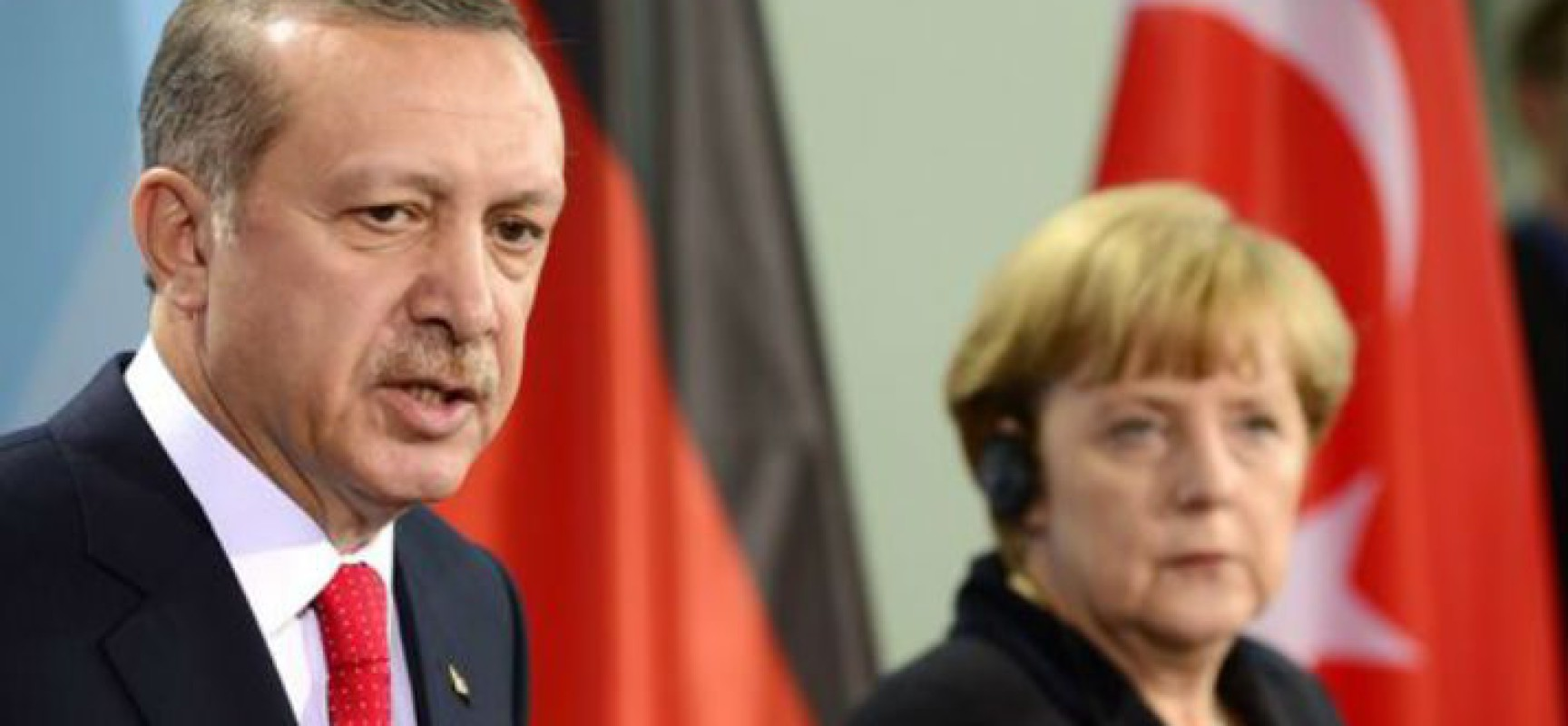 La chancelière allemande Angela Merkel menace la Turquie