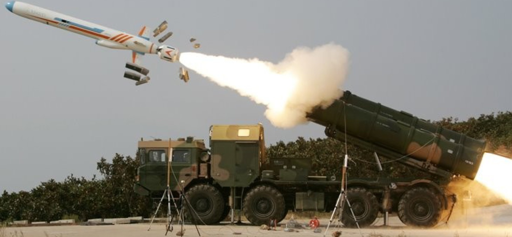 Missiles syriens pointés vers la flotte US